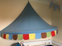 Circus bed canopy