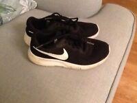 Nike black trainers UK 4