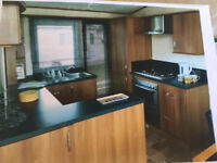 3 BEDROOM BEAUTIFUL CENTRAL HEATED CARAVAN ON VALLEY FARM CLACTON ESSEX
