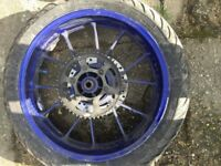 Yamaha R125 MT wheels & fork legs