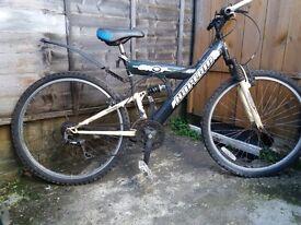 Mountain Bike, man's/ boy's, 26 inch wheels, 18 gears