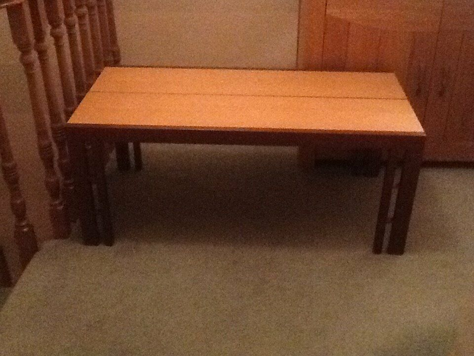 McDonalds coffee table & side table