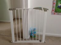 Lindam child safety gate for sale