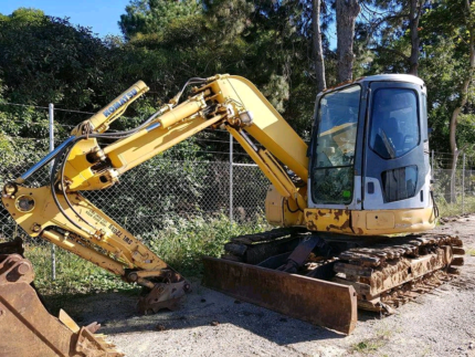 Excavator for hire. Caboolture Caboolture Area Preview