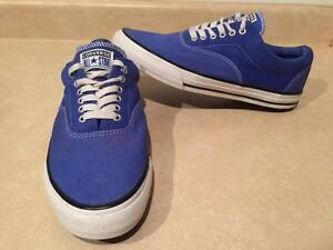 Men's Size 11 Converse All-Star Shoes