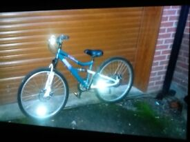 Hybrid girls bike, excellent condition