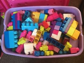 400 mega blocks in excellent condition