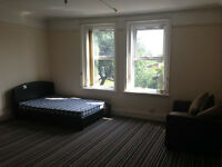 LARGE ROOMS TO LET, FULLY FURNISHED, ALL BILLS INCLUDED AND WIFI