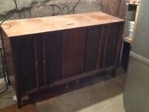 Wooden Cabinet Stereo