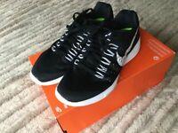 Brand new Nike, size 6