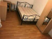 LARGE DOUBLEROOM NEAR STRATFORD STATION*READY NOW*
