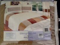 HARRY CORRY CREAM KING SIZE BED THROW WITH TWO MATCHING PILLOWSHAMS