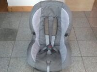Maxi Cosi Priori group 1 car seat for 9kg upto 18kg(9mths to 4yrs) in 2 tone grey-is washed &cleaned