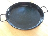 Paella pan 43 cm, ideal for the Barbeque. Never been used.