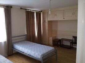 Immaculate Newly Refurbished Flat CAMDEN Town