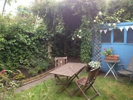 Amazing flat with garden to rent for the month of August in Hackney at amazing price