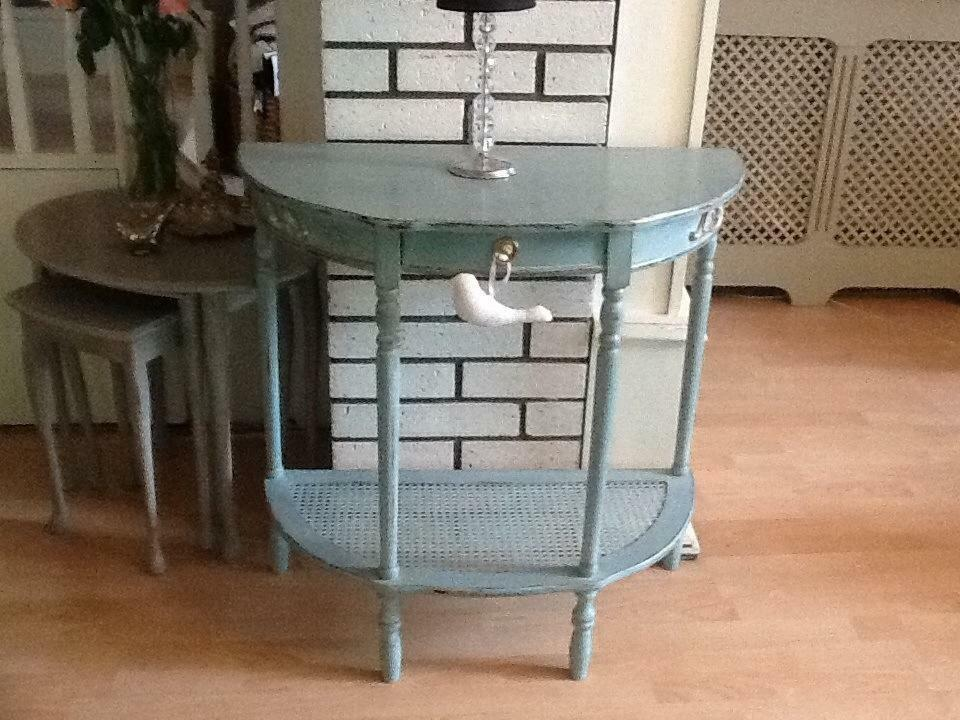 Vintage side table in Machen Caerphilly Gumtree : 86 from gumtree.com size 960 x 720 jpeg 106kB