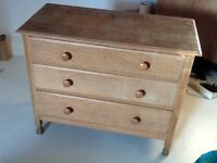 Chest of drawers, oak, 3 drawers, £35 Ono.
