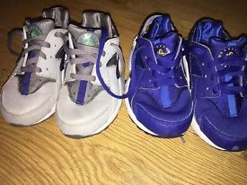 Boys Size 10 Nike Air Hurraches - 2 Pairs - See Photos £12 for both