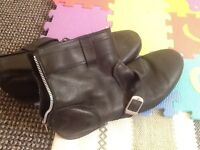 Topman mens boots. Size 43. Worn distressed look condition. Very stylish . Black leather look