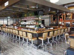 Beautiful licensed sports bar for rent