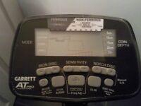 Garrett AT Pro ( International ) Metal detector.