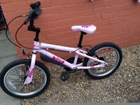 Apollo Kinx girls bike
