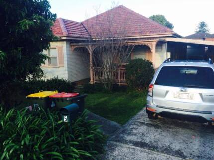 Room for Rent, $125/pw, close to shuttle bus Wollongong 2500 Wollongong Area Preview