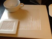 Ceramic place mats with coasters