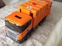 Bruder SCANIA R-Series Garbage Truck toy