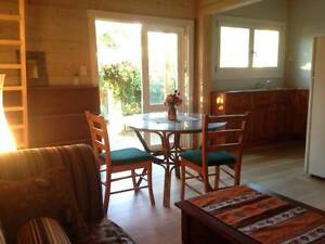 GORGEOUS funky cabin rent inl bills/wifi self contained!! South Fremantle Fremantle Area Preview