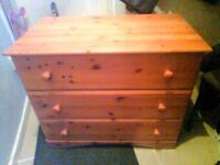 Nice chest of drawers only £10