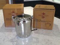 2 x Stainless Steel Tea/Coffee pots - 100oz