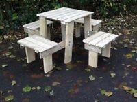 THIS IS 4 SEATER PATIO SET COMPLEAT WITH A TABLE