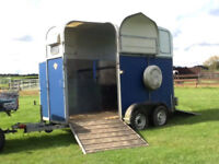 lightweight horse trailer Richardson