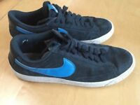 NIKE MENS TRAINERS UK SIZE 6