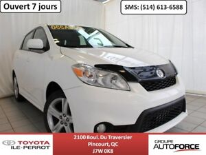 2014 Toyota Matrix S, MAGS 17 PO, TOIT OUVRANT, A/C, BLUETOOTH++