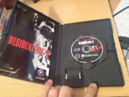 NINTENDO GAMECUBE RESIDENT EVIL SET Yokine Stirling Area Preview
