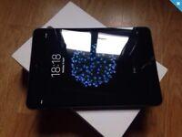 IPad mini 16 gig wifi comes boxed