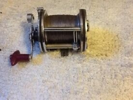 Really nice reel but badge with make missing.
