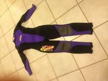 Small ladies wetsuit Stirling Weston Creek Preview