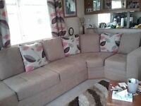 Caravan seating with double bed. Excellent condition. Non smokers and pet free £200 ovno