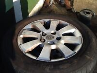 Alloy car wheels with tyres