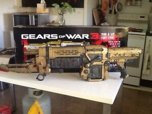 Gears of war 3 retro lancer Wavell Heights Brisbane North East Preview