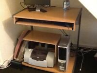 Computer table good condition to collect only