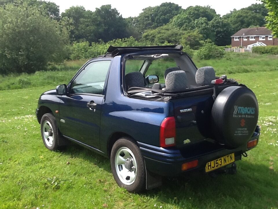 suzuki grand vitara soft top in haywards heath west sussex gumtree. Black Bedroom Furniture Sets. Home Design Ideas