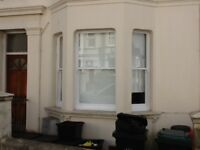 Lovely two bed furnished garden flat close to, Brighton Station, North Laines, shops, bars, cafes