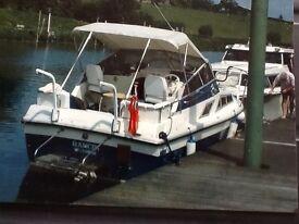 4 berth cabin cruiser