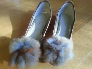 Comfy Suede Lady's Shoes for petit feet Port Willunga Morphett Vale Area Preview