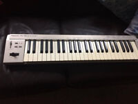 Roland ED PC180A MIDI KEYBOARD CONTROLLER. Excellent condition